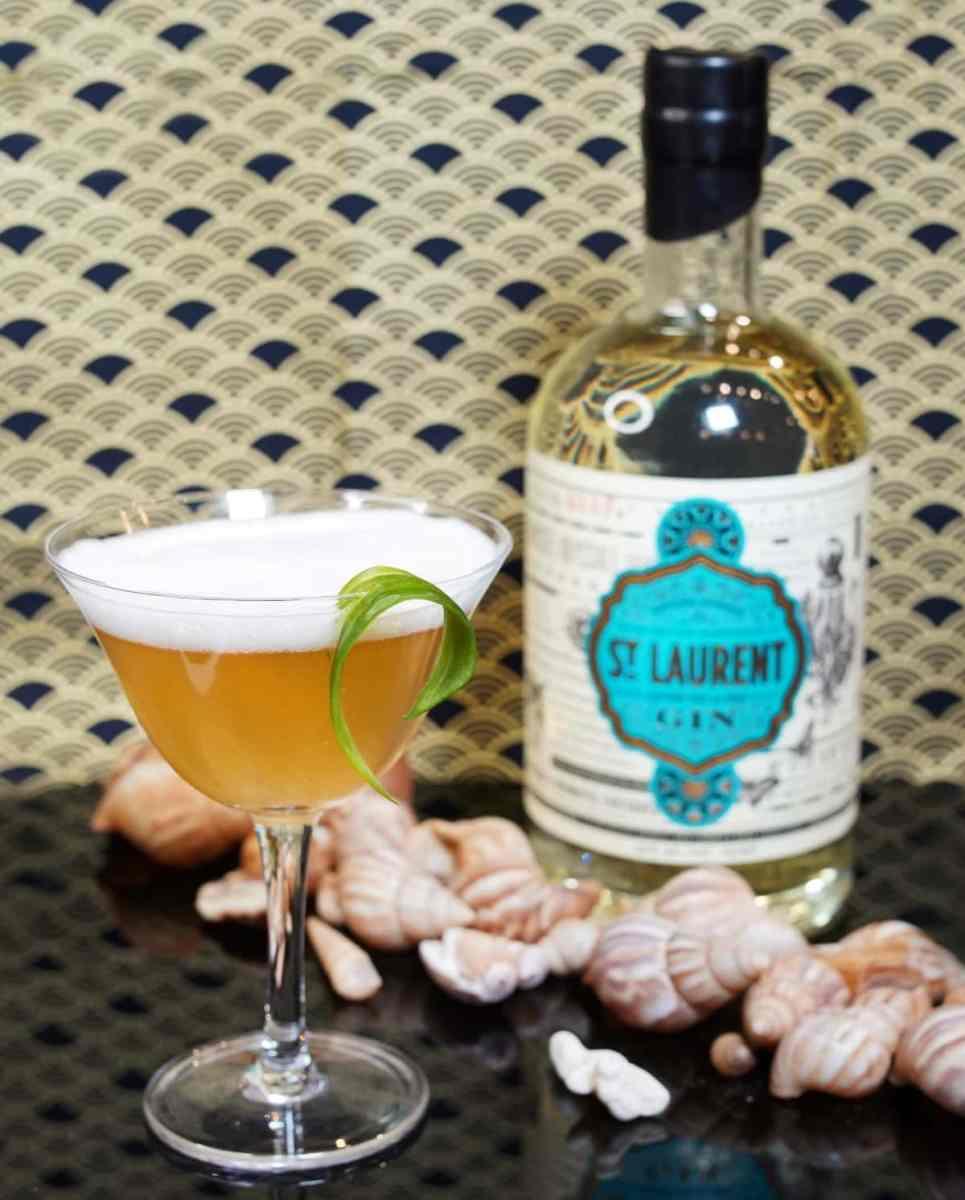 Cocktail Salicorne Sour des distilleries québécoises St. Laurent