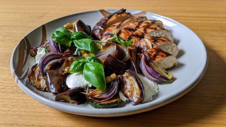 Salade de dindon et aubergine grillées