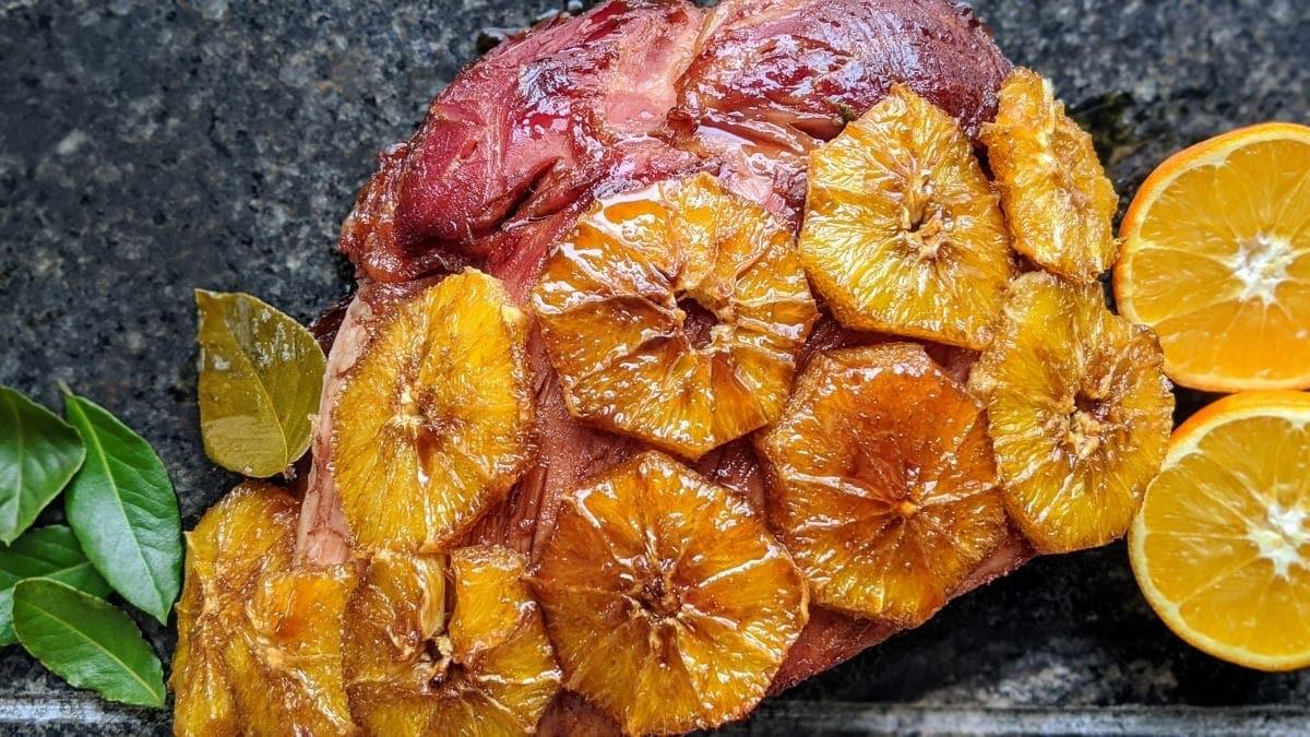 Jambon glacé orange et mélasse de grenade