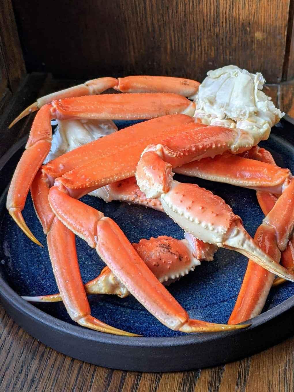 section de crabe des neiges cuits