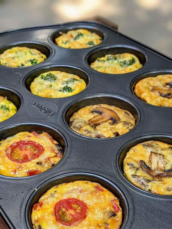 moule à muffin avec des mini quiches 3 façons