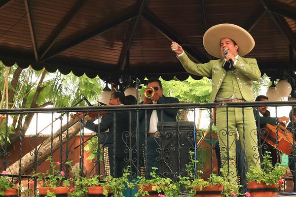 Dave Millers Mexico, Tlaquepaque, El Parian