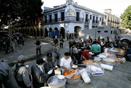 Oaxaca, Teachers Strike. Oaxaca 2006, Planton, Dave Millers Mexico