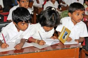 Dans les classes - école de Ganjam