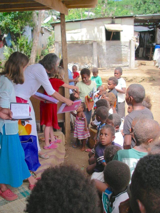 59-faith-anne-and-laura-distribute-school-supplie-kits-and-lollies-to-180-children-in-tagabe