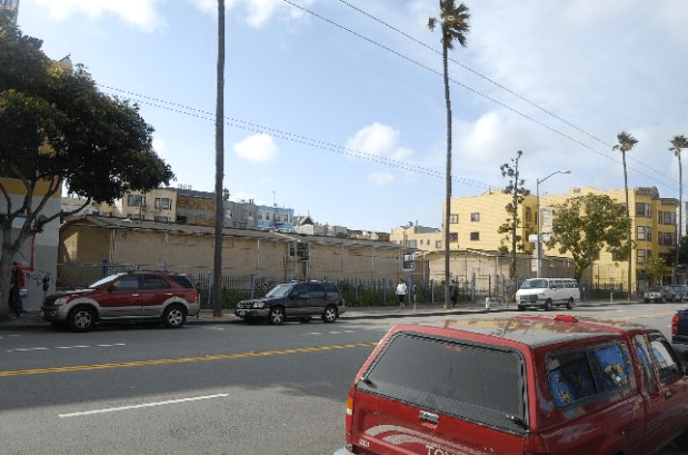 1950 Mission St., formerly the Phoenix Continuation High School, is a city-owned property that has not been used since 2002. Photo via the Planning Department.