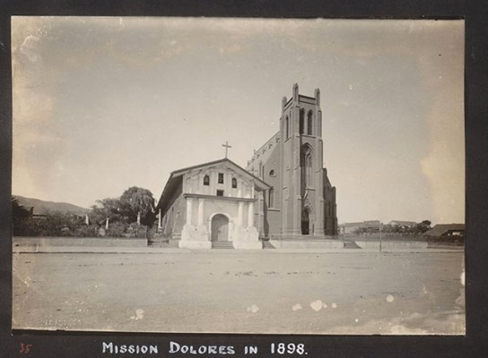 """Mission Dolores, 1898 <a href=""""http://cdn.calisphere.org/data/13030/9q/hb4q2nb39q/files/hb4q2nb39q-FID400.jpg"""">UC Berkeley</a>"""