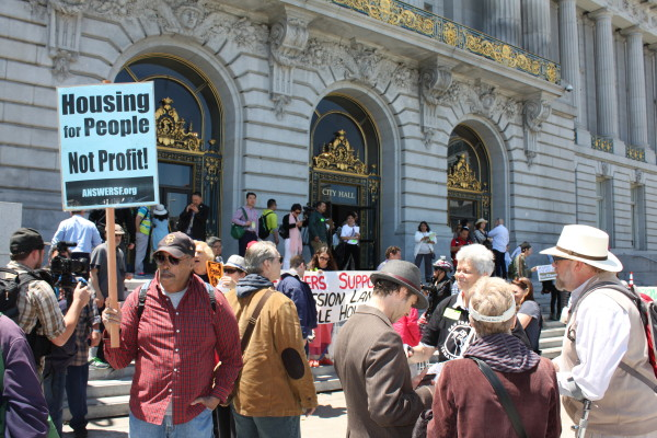 The Rally and Debate for the Mission Moratorium in Photos