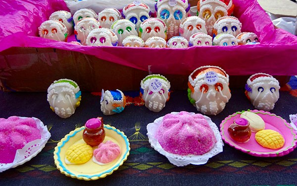 Merchants, Artists Turn to Day of the Dead During Turbulent Times