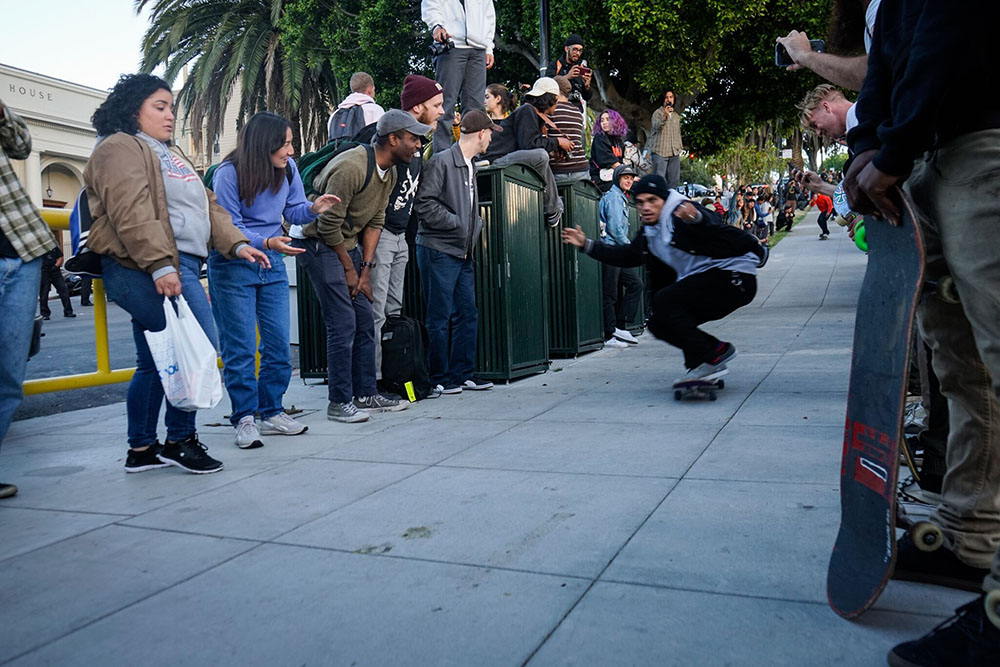 Skateboarder 'Riot' Videos Against Police in San Francisco