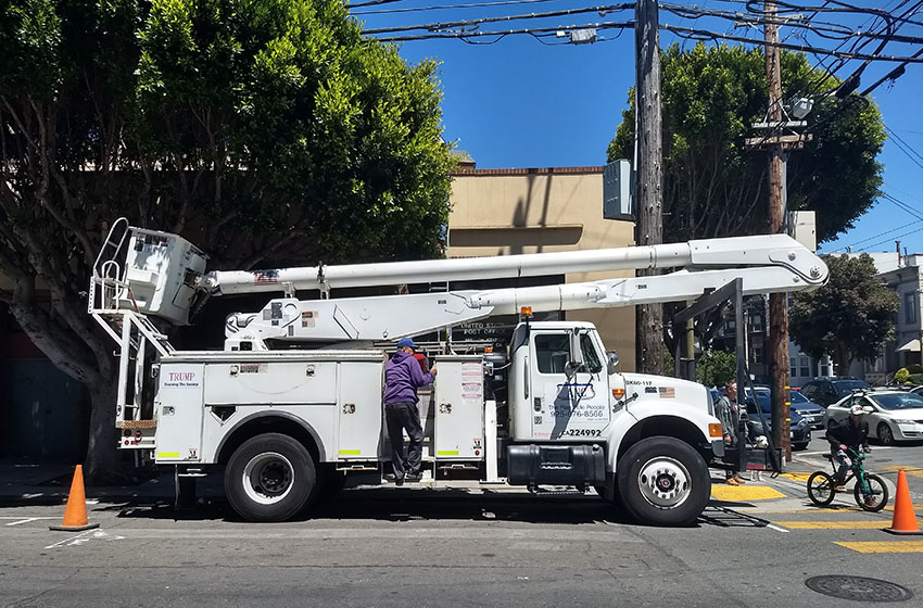 The Mission's U.S. Post Office gets a new flagpole