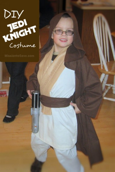 DIY Jedi Knight Costume on MissiontoSave.com
