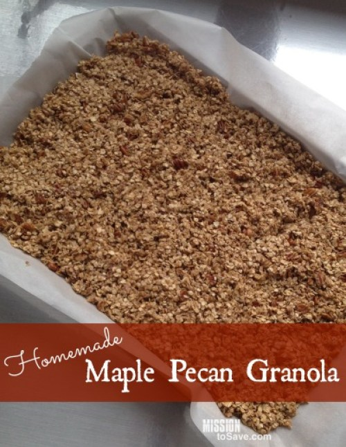 Yummy Homemade Maple Pecan Granola Recipe. Try it today!