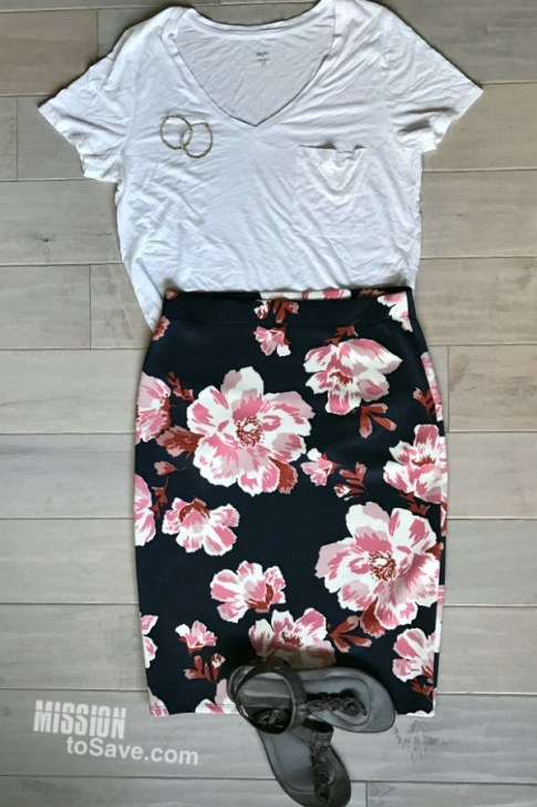 Floral skirts are a hot new fashion trend. See how to style a floral skirt for all 4 seasons! This is the summer outfit with a classic white tee and sandals to complete the laid back summer look. Cookout ready!