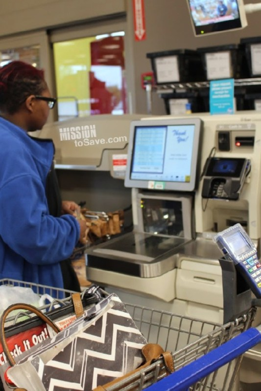 Kroger Scan, Bag, Go Self Checkout with Attendant