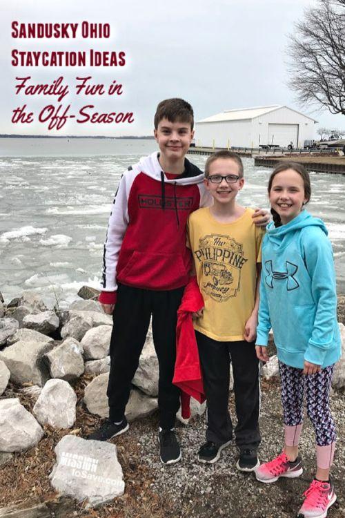 Family on Lake Erie Shore in Sandusky, OHio