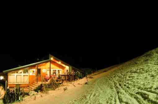 Olympus hut night Mission WOW ski women