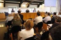 Il pubblico e il tavolo dei relatori