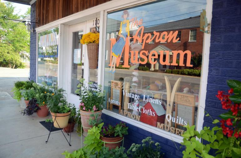 The Apron Museum in Iuka