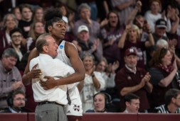 Vic Schaefer gives a hug to Teaira McCowan, another Texan, on her senior night at Mississippi State.