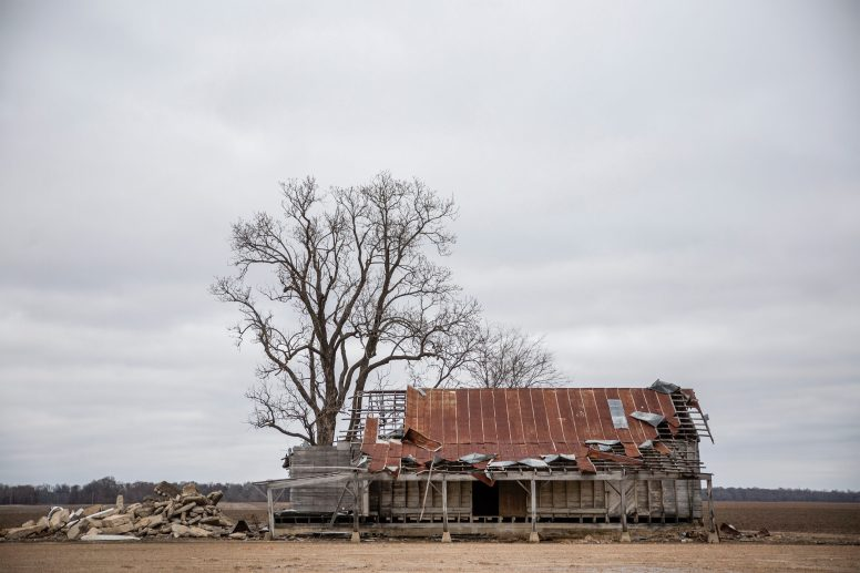 A vacant farm barn located near County Road 298 and Schlater Road in Schlater, Miss., Tuesday, December 18, 2019.