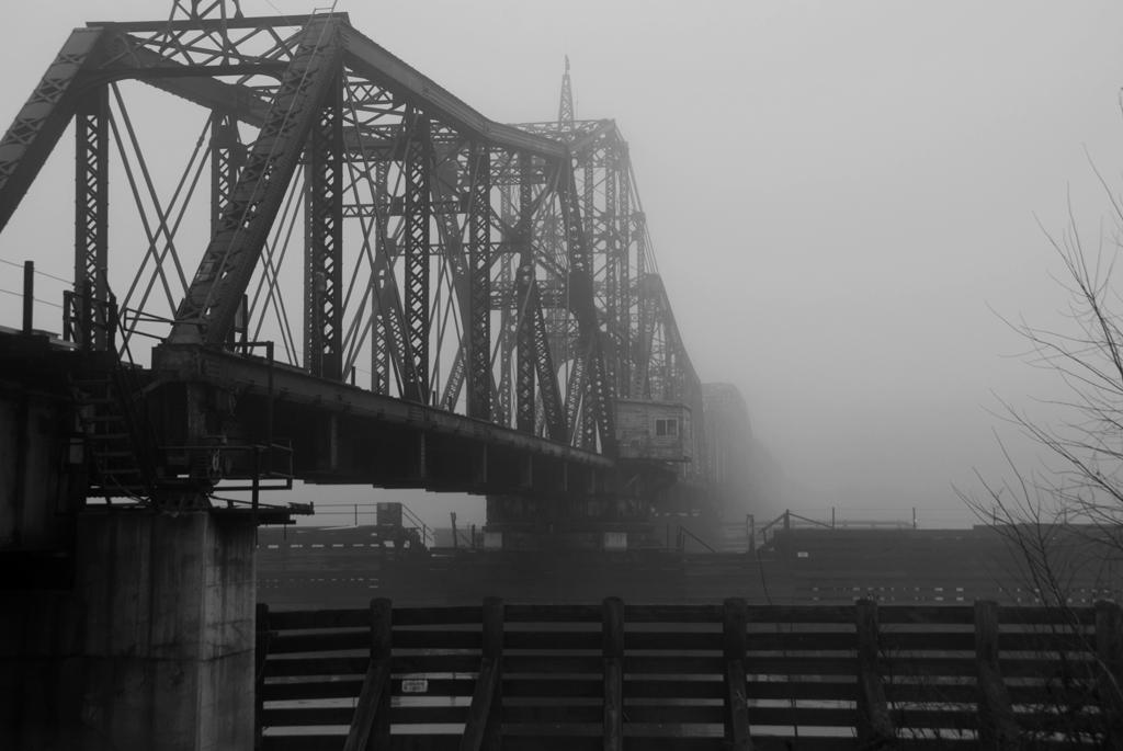 Rail Bridge; La Crosse, WI