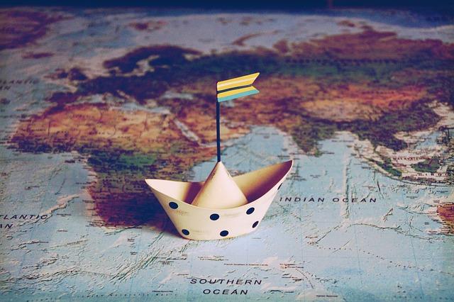 Carte du monde, blog, utilisation de pierres fairtrade par l'atelier de lalettre aux ours - Missive to Bears, artisanat français écologique