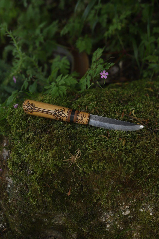 Couteau français, viking, novgorod, artisanat, forgeron, coutelier d'art, la forge d'Asgeir, écologique, lettre aux ours, missive to bears, artisanat francais, normandie