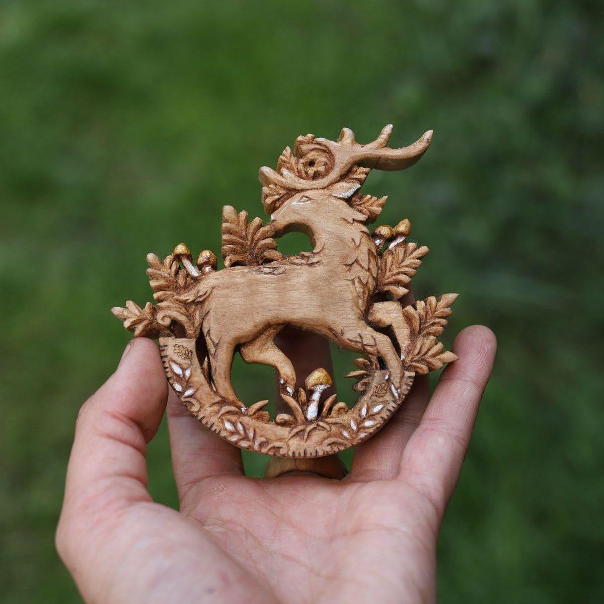 Cerf à bascule, bois, sculpture, atelier de la lettre aux ours, artisanat français, écologique