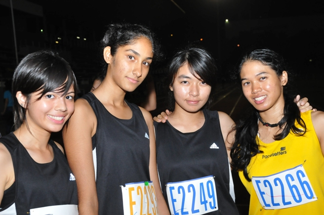 Pacesetters Subang Orchids : me and my team mates. p.s. : they were all in form 4,5 .. a good 10-11 years younger than me... !