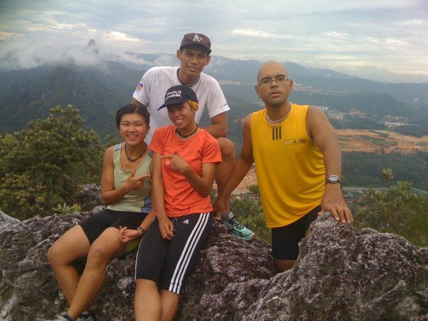 Ramadhan last year. Hiking with the guys and Fong (now Pn Nurul Ain)