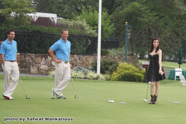 Katalin golfing