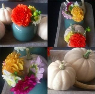 Weiße Minikürbisse, Herbstblumen und falsche Geweihe