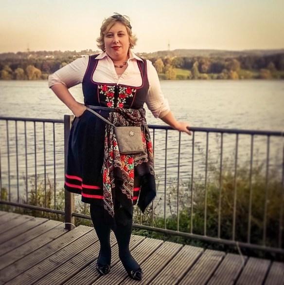Miss Kittenheel |vintage | plus size | style| Oktoberfest Dirndl No.4