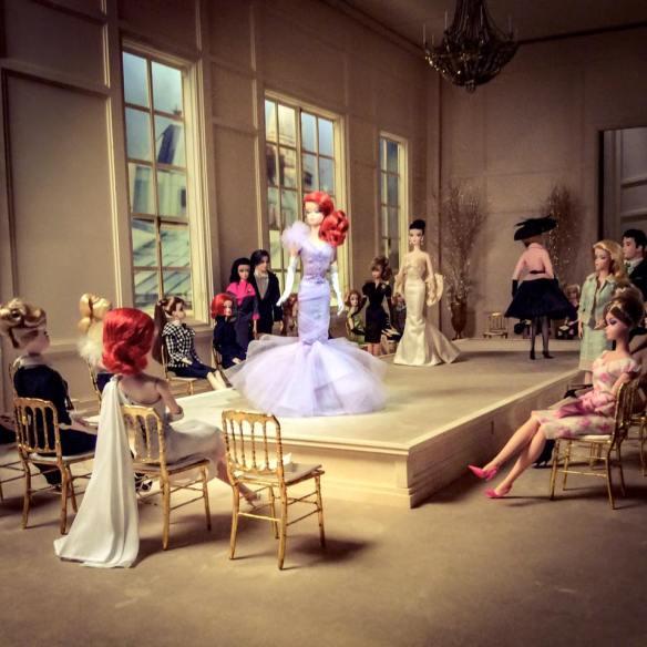 misskittenheel vintage curvy plussize bethditto collection-paris-barbie exhibition 03