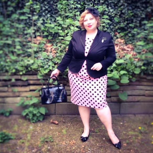 misskittenheel vintage curvy plussize pink polkadots 02