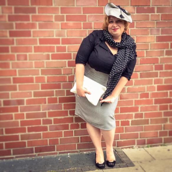 misskittenheel vintage plussize dolly dotty u30 blackandwhite secretary 06