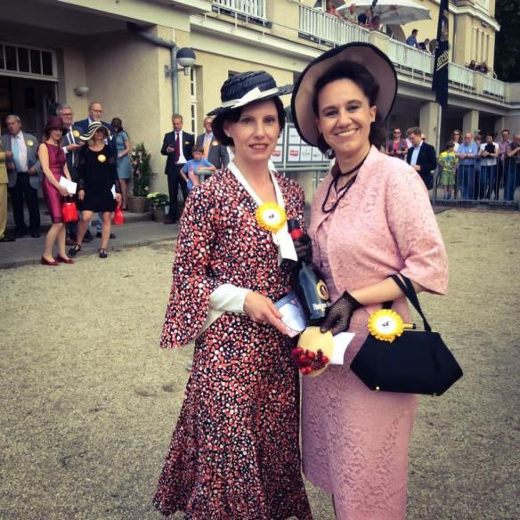 misskittenheel vintage plussize pinup ladiesday 2016 rennclub krefeld galopprennen 08