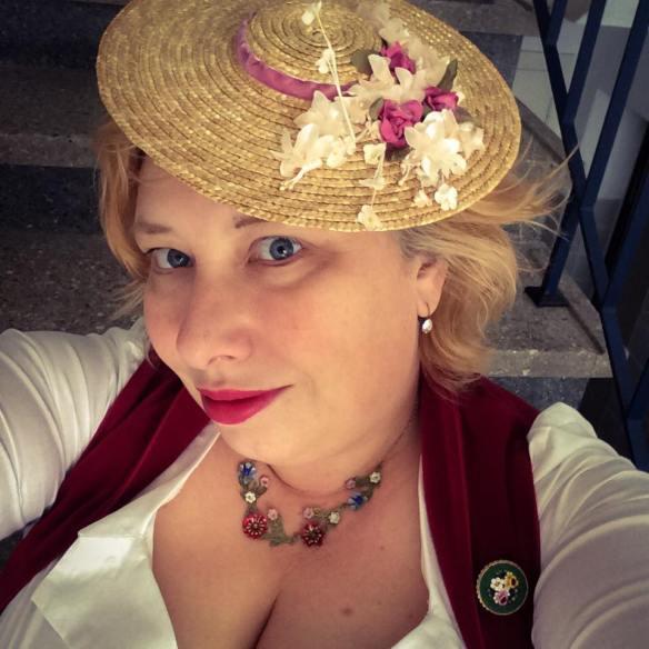 misskittenheel-vintage-plussize-oktoberfest-dirndl-lindybop-contessa-venice-frolleinvonsofa-hat-07