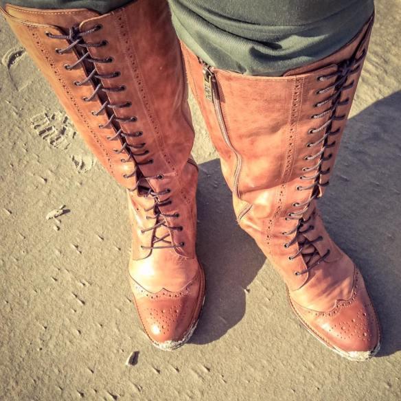misskittenheel-vintage-plussize-tedandmuffy-ted-muffy-marvel-boots-adventure-retro-borkum-05