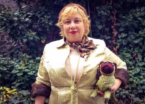 misskittenheel-vintage-plussize-lanebryant-gold-brocade-coat-50s-fur-cuffs-07
