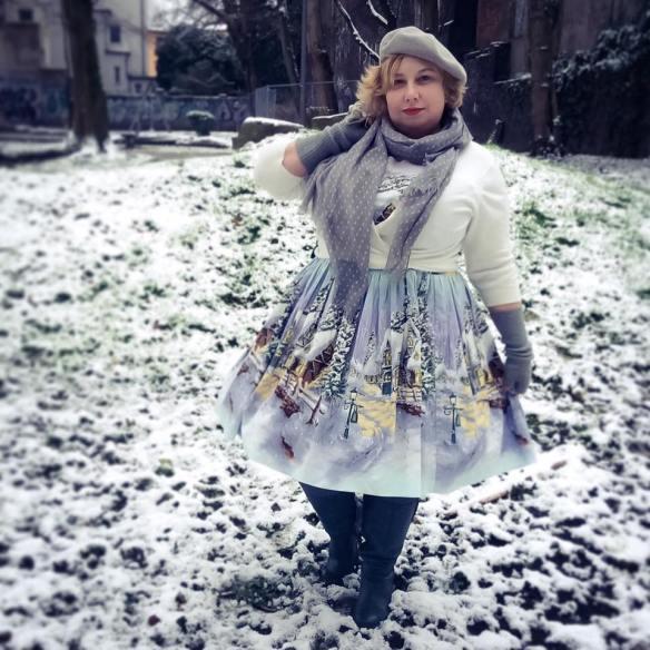 misskittenheel-vintage-plussize-pinup-berniedexter-winterwonderland-dress-snow-christmas-noveltyprint-03