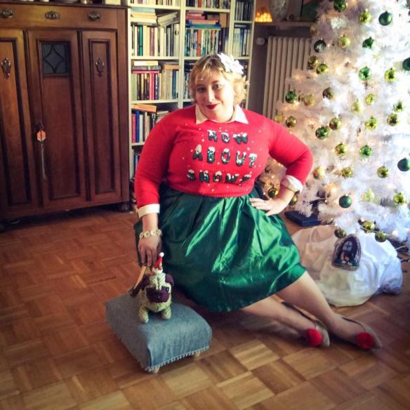 misskittenheel-vintage-plussize-curvy-christmas-ugly-sweater-lindybop-2016-10