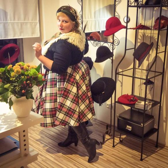 misskittenheel-vintage-plussize-wunderbarerhutsalon-halfhat-trachten-diyyourcloset-12