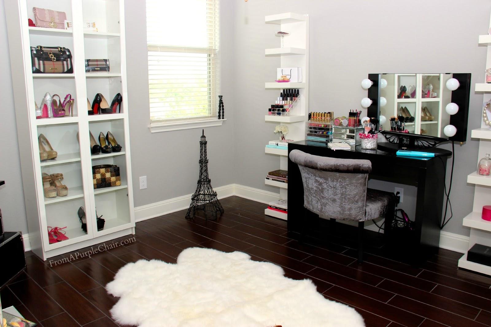 Makeup Room/Beauty Room Set Up (Before) - Miss Liz Heart on Makeup Room Design  id=98281