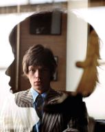 mike-jagger-by-jean-marie-perier