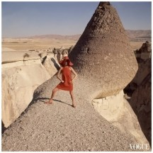 gc3b6reme-turkey-is-the-location-of-this-fashion-photograph-which-appeared-in-the-december-1-1966-vogue