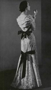 1949-jean-patou-dress