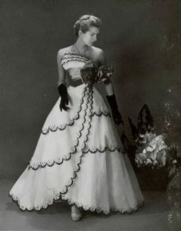 deanna-durbin-wearing-a-jean-patou-dress-1953