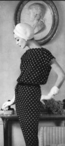 dovima-wearing-a-jean-patou-blacck-and-white-polka-dot-silk-crepe-dressphoto-by-henry-clarke-vogue-1956